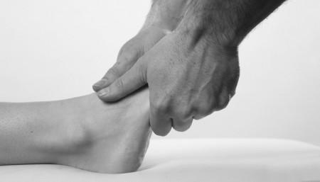 mains-osteopathe-750